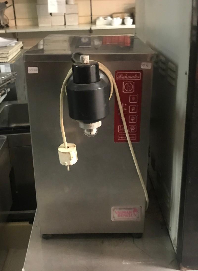 Slagroommachine