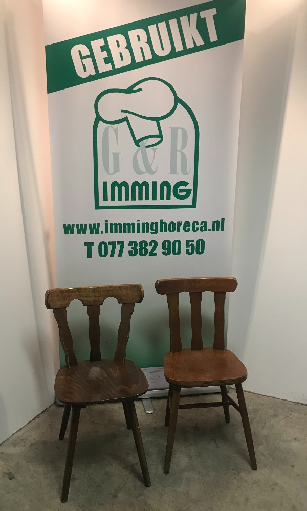 Diverse-houten-cafe-stoelen